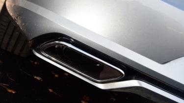 Volvo S90 T8 - exhaust