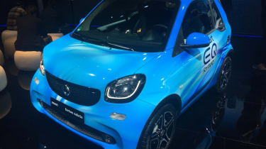 Smart EQ ForTwo Cabrio - Geneva front static