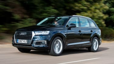 Audi Q7 e-tron - front