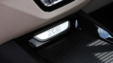 BMW X3 - X3 interior