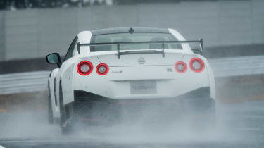 Nissan GT-R NISMO - rear action