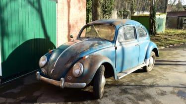 Blue classic car - front