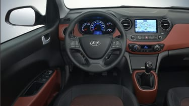 Hyundai i10 2016 facelift - interior