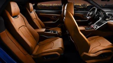 Lamborghini Urus - passenger seats
