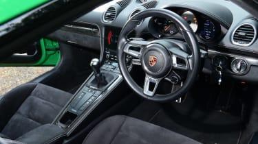Porsche 718 Cayman GTS 4.0: long-term test review - first report dash