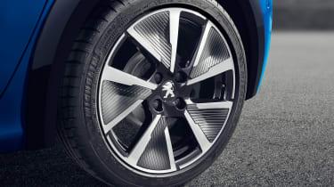 Peugeot e-208 - wheel