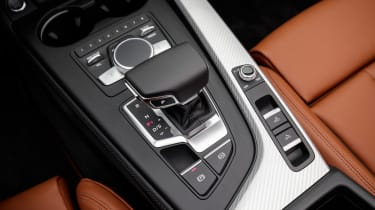 Audi A5 Cabriolet - transmission