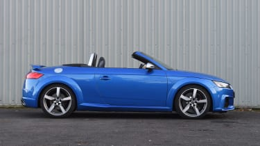 Audi TT RS Roadster - roof down