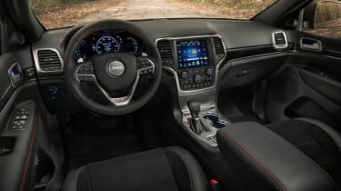 Jeep Grand Cherokee Trailhawk - interior