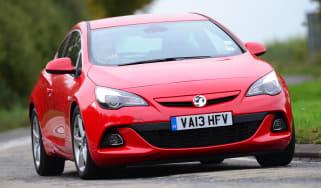 Vauxhall Astra GTC BiTurbo front cornering