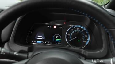 Nissan Leaf e+ - dials