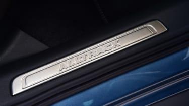 Volkswagen Passat Alltrack - sill