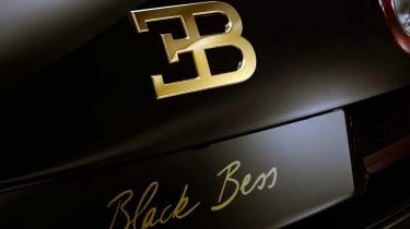 Bugatti-Veyron-Black-Bess-Grand-Sport-Vitesse-badge