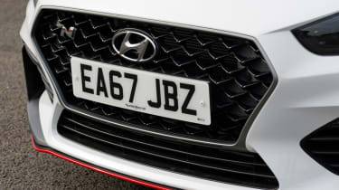 Hyundai i30 N - front grille