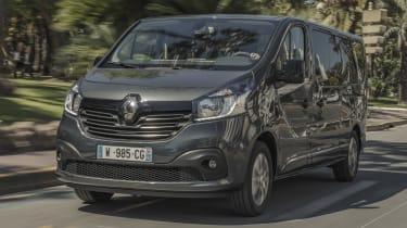 Renault Trafic SpaceClass van - front