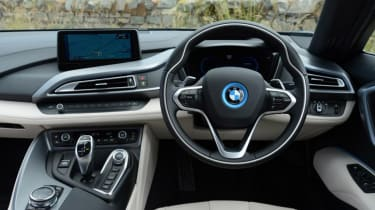 Used BMW i8 - dash