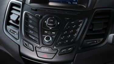 Skoda Vision iV concept - steering wheel