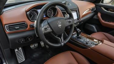 Maserati Levante - cabin
