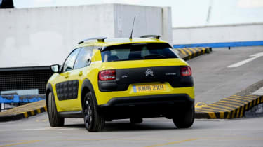 Used Citroen C4 Cactus - rear action