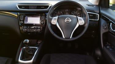 Nissan Qashqai 1.2 DIG-T 2017 - interior