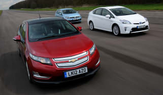 Chevrolet Volt vs rivals