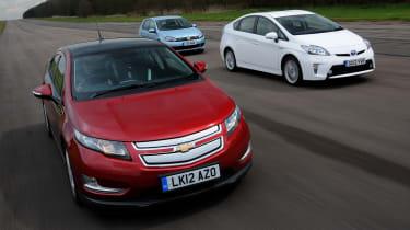 Chevrolet Volt vs rivals