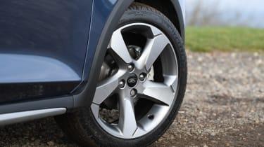 Ford Fiesta Active - wheel