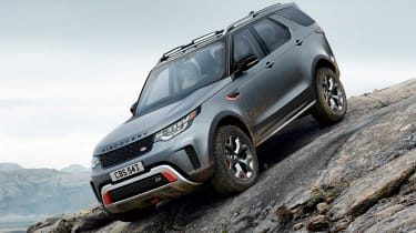 Land Rover Discovery SVX - action