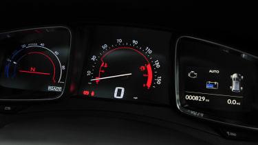Citroen DS5 Hybrid4 dials