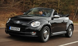 VW Beetle Cabriolet 50s front tracking