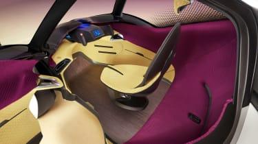 Toyota i-Tril Concept cabin