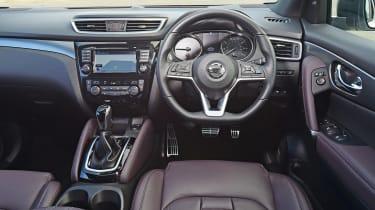 Nissan Qashqai - dash
