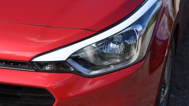 Hyundai i20 Turbo Edition - headlight