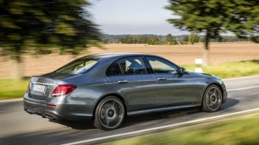 Mercedes-AMG E 43 4MATIC - rear tracking