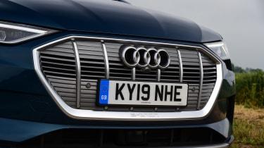 Audi e-tron - grille