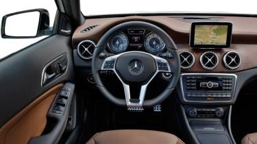 Mercedes GLA 250 SE - interior