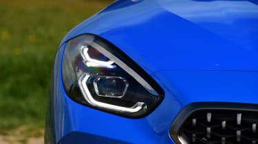 BMW Z4 M40i - front light