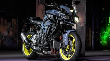 Yamaha MT-10 review - front quarter static
