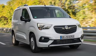 Vauxhall Combo-e - front