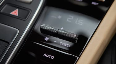 Porsche Cayenne - temperature controls