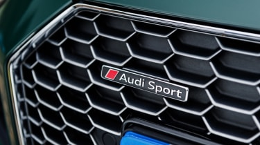 Audi R8 Spyder V10 plus - grille