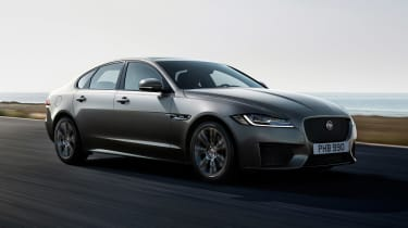 Jaguar XF Chequered Flag - front action