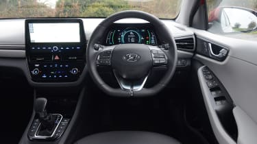 Hyundai Ioniq - interior