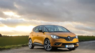 Renault Scenic and Grand Scenic Hybrid Assist - 20