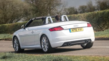 Audi TT Roadster 180 2016 - rear cornering