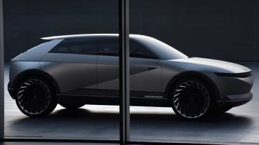 Hyundai 45 Concept - front/side