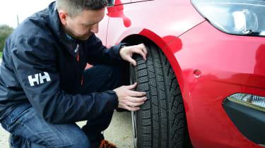 Peugeot 308 SW - tyre