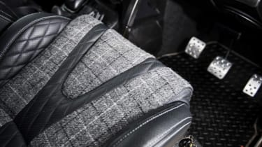 Kahn Design Defender seats