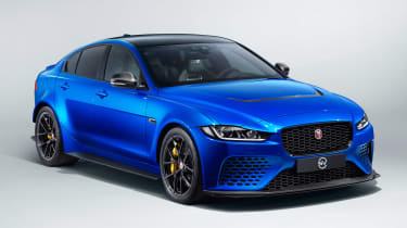 Jaguar XE SV Project 8 Touring - front 3/4 static