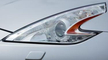 Nissan 370Z light